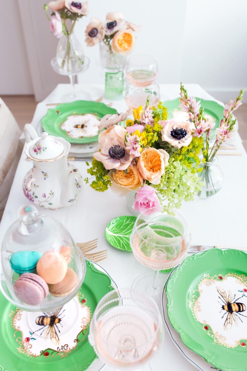 Host A Garden Party Fashionable Hostess