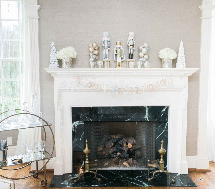 Decorate your Fireplace Mantel for the Holidays - Fashionable ...