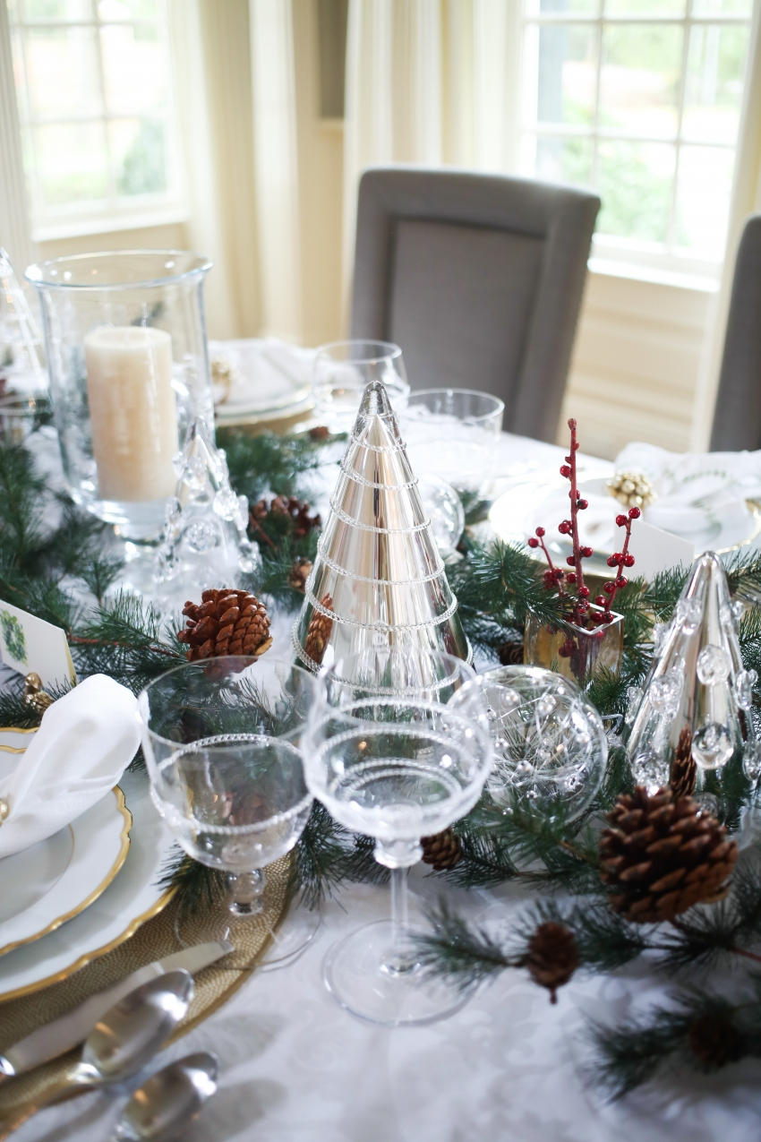 Style your Table for Christmas with Fashionable Hostess + StyleBluePrint Nashville 2