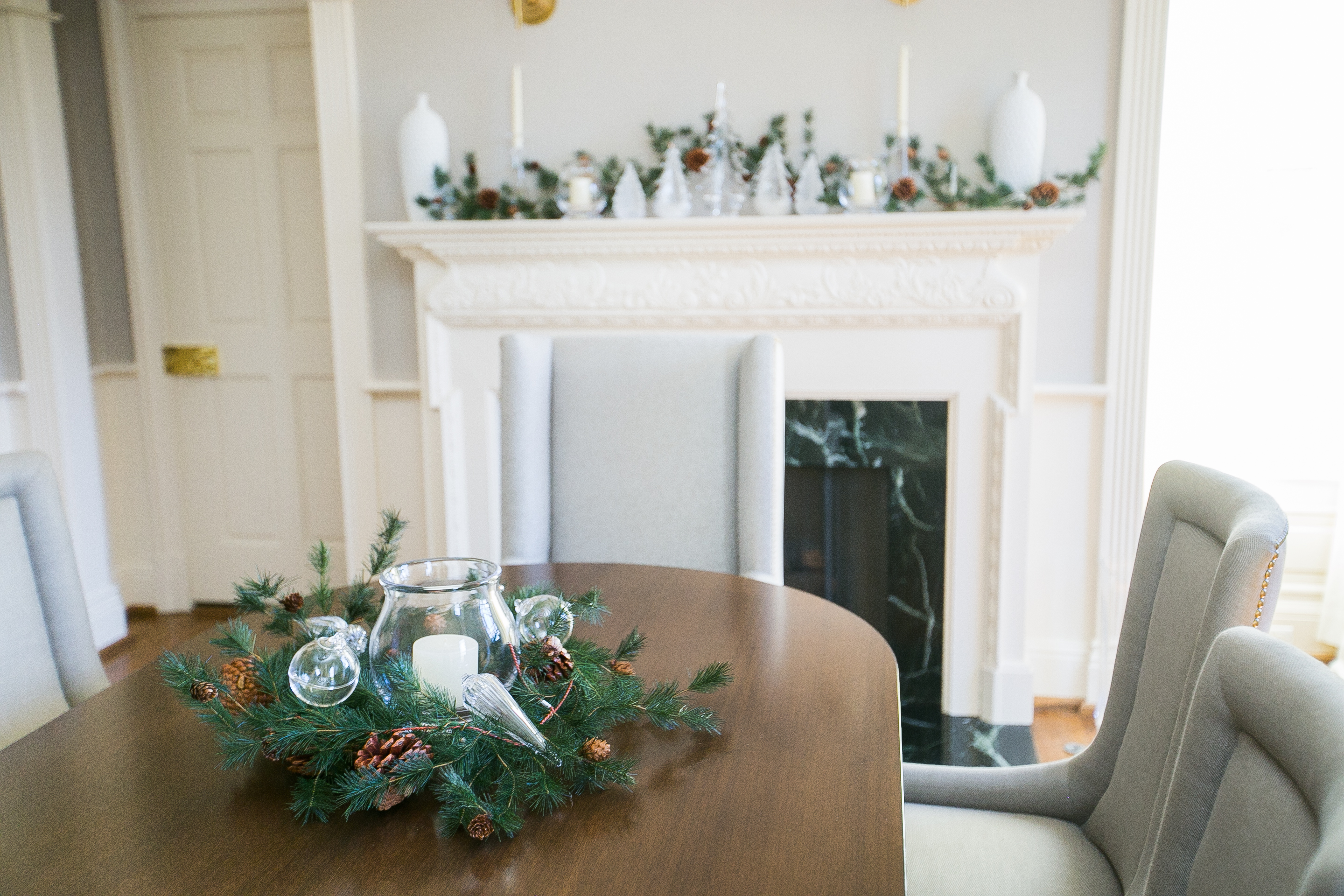 Decorate your Dining Room for the Holidays with Simon Pearce by Fashionable Hostess 12