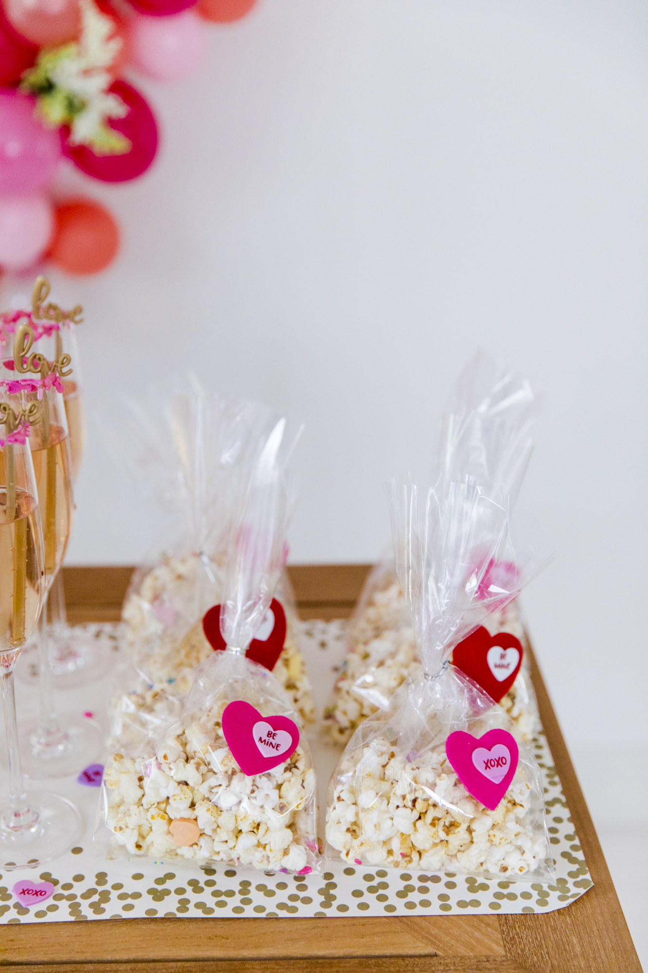 Six Ideas For Throwing The Best Valentine S Day Party Fashionable